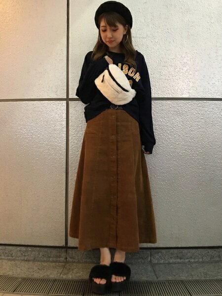 INGNIさんのスウェット「カレッジロゴボリューム袖/トップス」を使ったコーディネートを紹介します。|ファッション通販楽天ブランドアベニュー(旧スタイライフ Stylife)26745
