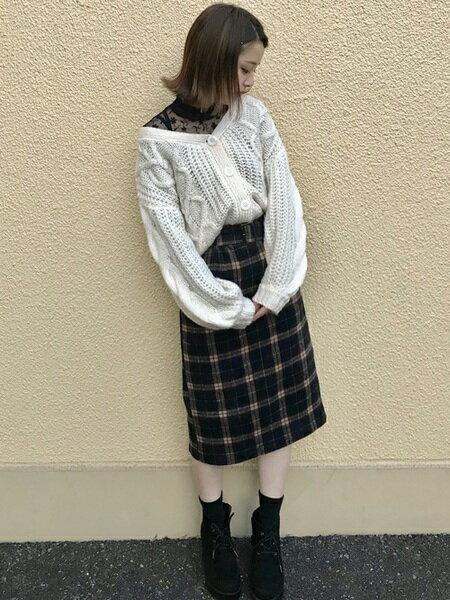 INGNIさんのカーディガン「手編み風ハートケーブルショートカーディガン」を使ったコーディネートを紹介します。 ファッション通販楽天ブランドアベニュー(旧スタイライフ Stylife)27273