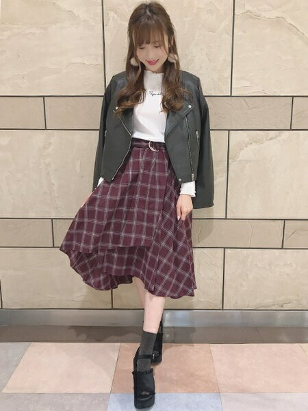 INGNIさんのフレアスカート「チェック柄ミディ/スカート」を使ったコーディネートを紹介します。|ファッション通販楽天ブランドアベニュー(旧スタイライフ Stylife)27289