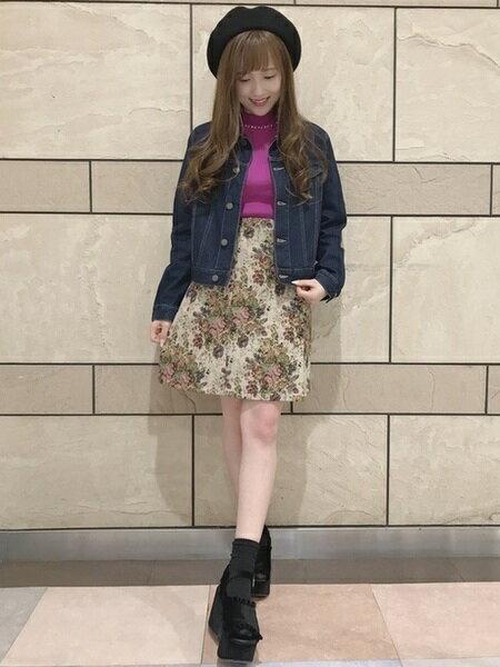 INGNIさんの台形スカート/コクーンスカート「花柄ゴブラン台形/スカート」を使ったコーディネートを紹介します。|ファッション通販楽天ブランドアベニュー(旧スタイライフ Stylife)27697