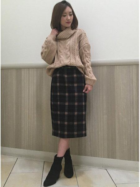 INGNIさんのタイトスカート「シャギーチェック柄ナロー/スカート」を使ったコーディネートを紹介します。|ファッション通販楽天ブランドアベニュー(旧スタイライフ Stylife)28340