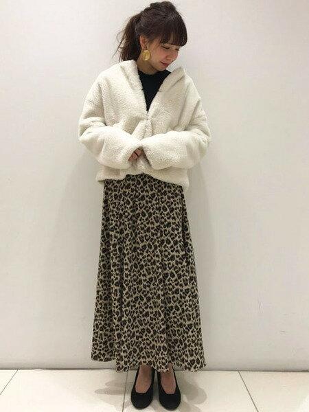 INGNIさんのファーコート「ノーカラーエコファーショートCT」を使ったコーディネートを紹介します。|ファッション通販楽天ブランドアベニュー(旧スタイライフ Stylife)29054