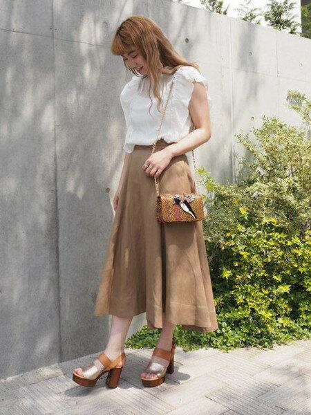 ROSE BUDさんのショルダーバッグ「鳥モチーフビーズクラッチバッグ」を使ったコーディネートを紹介します。|ファッション通販楽天ブランドアベニュー(旧スタイライフ Stylife)20614