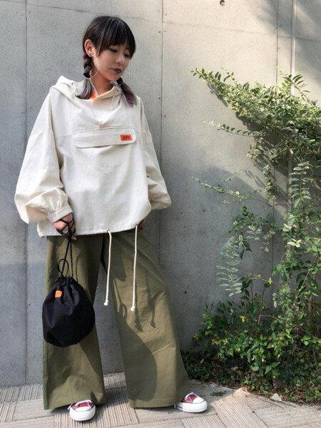 ROSE BUDさんのショルダーバッグ「巾着ショルダーバッグ」を使ったコーディネートを紹介します。|ファッション通販楽天ブランドアベニュー(旧スタイライフ Stylife)25074