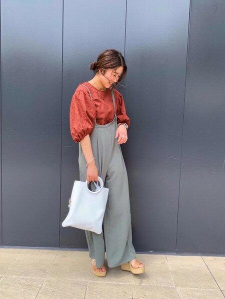 ROSE BUDのレースレースアップブラウスを使ったコーディネートを紹介します。|Rakuten Fashion(楽天ファッション/旧楽天ブランドアベニュー)34761