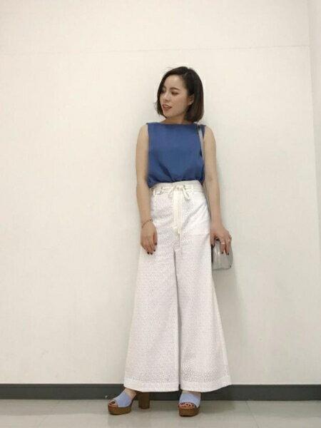 ROSE BUDのレースワイドパンツを使ったコーディネートを紹介します。 Rakuten Fashion(楽天ファッション/旧楽天ブランドアベニュー)35716