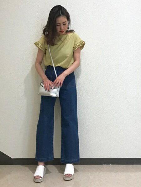 LagunaMoonさんのワイド/バギーパンツ「ポケットデニムワイドパンツ」を使ったコーディネートを紹介します。|ファッション通販楽天ブランドアベニュー(旧スタイライフ Stylife)21922