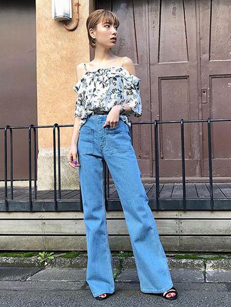 MURUAさんのジーンズその他「アウトポケットストレートパンツ」を使ったコーディネートを紹介します。|ファッション通販楽天ブランドアベニュー(旧スタイライフ Stylife)22996