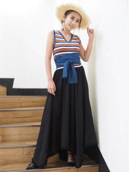 MURUAのイレヘムLongスカートを使ったコーディネートを紹介します。|Rakuten Fashion(楽天ファッション/旧楽天ブランドアベニュー)23000