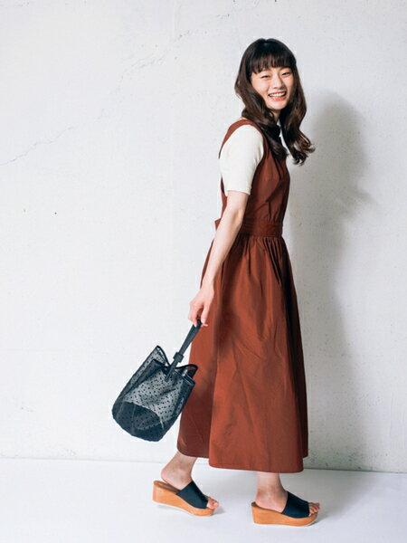 RODE SKOさんのハンドバッグ「MARISOL ドットチュールバッグ」を使ったコーディネートを紹介します。|ファッション通販楽天ブランドアベニュー(旧スタイライフ Stylife)23075
