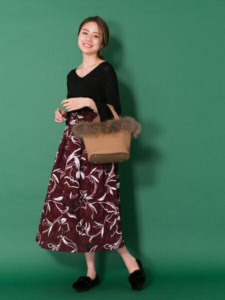 RODE SKOさんのトートバッグ「SOUMA IC対応ファートートバッグ」を使ったコーディネートを紹介します。|ファッション通販楽天ブランドアベニュー(旧スタイライフ Stylife)25495