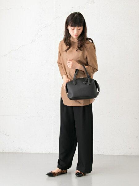RODE SKOさんのボストンバッグ「MIRKA タッセルボストンバッグ」を使ったコーディネートを紹介します。 ファッション通販楽天ブランドアベニュー(旧スタイライフ Stylife)25935