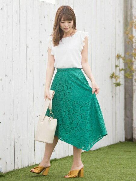 MERCURYDUOさんのフレアスカート「レースイレヘムスカート」を使ったコーディネートを紹介します。|ファッション通販楽天ブランドアベニュー(旧スタイライフ Stylife)23715