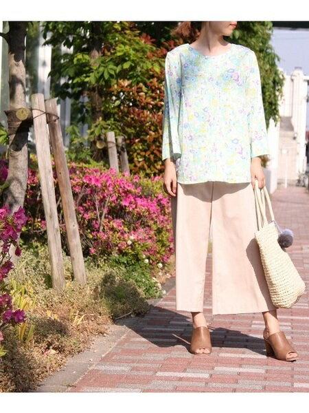 DECOY Since1981さんのワイド/バギーパンツ「綿入りワイドクロプトパンツ」を使ったコーディネートを紹介します。|ファッション通販楽天ブランドアベニュー(旧スタイライフ Stylife)26193
