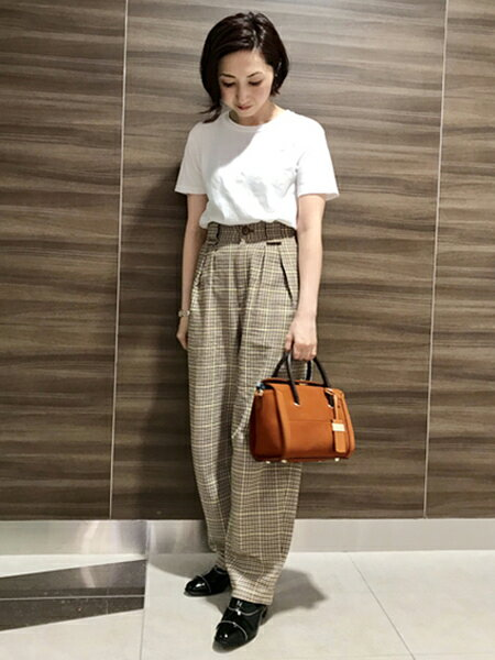 AU BANNISTERのボールチェーンシューズを使ったコーディネートを紹介します。|Rakuten Fashion(楽天ファッション/旧楽天ブランドアベニュー)39096