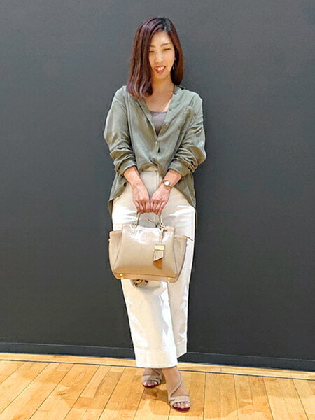 nterstapleさんのトートバッグ「Ava/プルアップレザーミニトート」を使ったコーディネートを紹介します。 ファッション通販楽天ブランドアベニュー(旧スタイライフ Stylife)33307