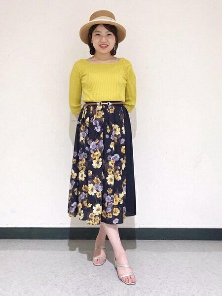 CLEAR IMPRESSIONさんのロングスカート「ジョーゼットフラワープリントスカート」を使ったコーディネートを紹介します。 ファッション通販楽天ブランドアベニュー(旧スタイライフ Stylife)33822