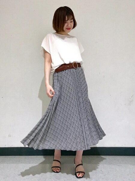 CLEAR IMPRESSIONのコーディネートを紹介します。 Rakuten Fashion(楽天ファッション/旧楽天ブランドアベニュー)34597