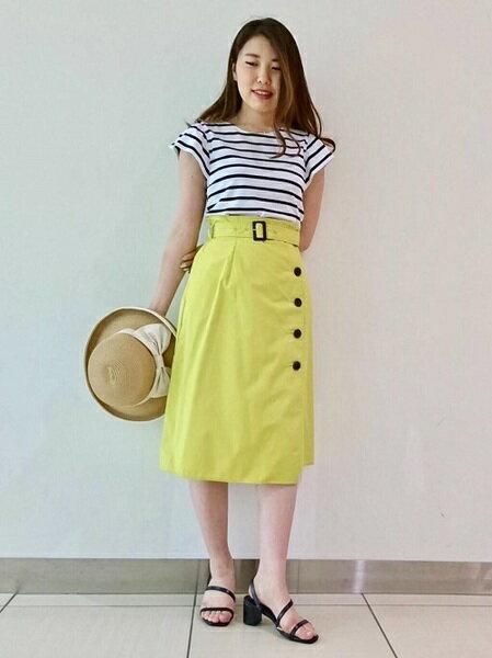 CLEAR IMPRESSIONのエステネージュUV サイドボタンスカートを使ったコーディネートを紹介します。|Rakuten Fashion(楽天ファッション/旧楽天ブランドアベニュー)34916