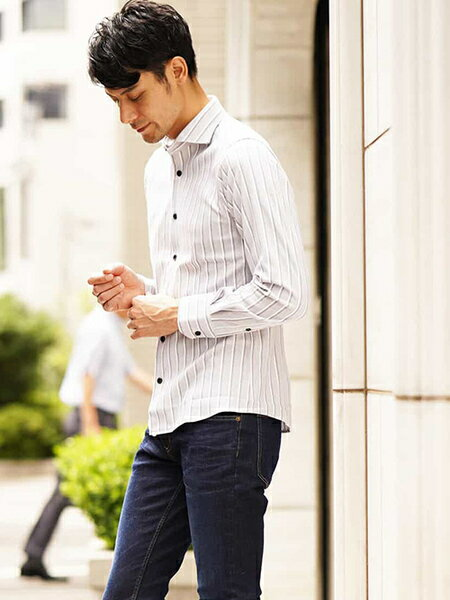 MICHEL KLEIN HOMMEのコーディネートを紹介します。 Rakuten Fashion(楽天ファッション/旧楽天ブランドアベニュー)39016