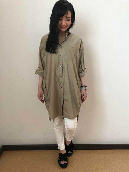 MAYSON GREYのワンダーシェイプスキニーデニムパンツを使ったコーディネートを紹介します。|Rakuten Fashion(楽天ファッション/旧楽天ブランドアベニュー)38634
