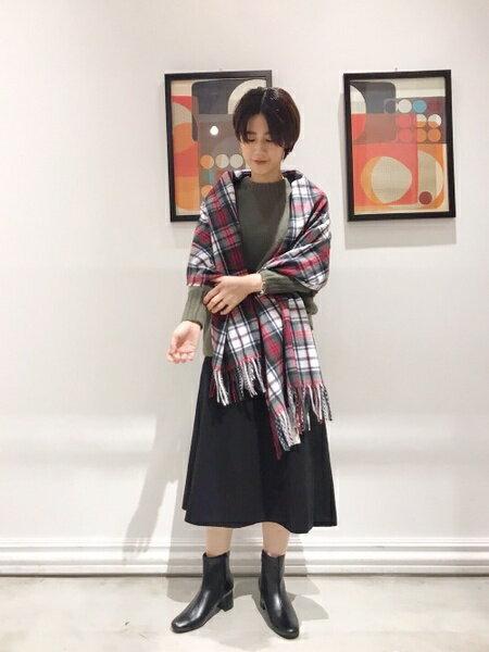SHARE PARKのウールナイロンフレアミディスカートを使ったコーディネートを紹介します。|Rakuten Fashion(楽天ファッション/旧楽天ブランドアベニュー)42645