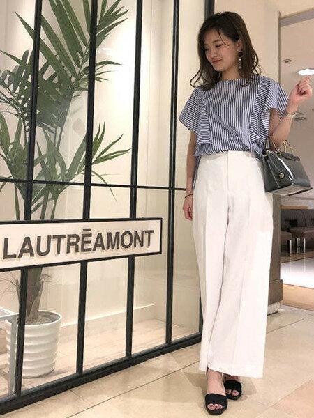 LAUTREAMONTの【雑誌掲載】シェルタリングドライオックスセンタープレス入りですっきりワイドパンツを使ったコーディネートを紹介します。|Rakuten Fashion(楽天ファッション/旧楽天ブランドアベニュー)38805