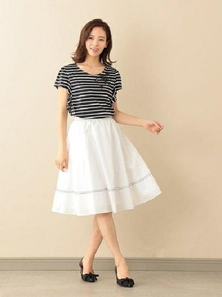 TO BE CHICの【ウォッシャブル】タスランストレッチフレアスカートを使ったコーディネートを紹介します。|Rakuten Fashion(楽天ファッション/旧楽天ブランドアベニュー)37793