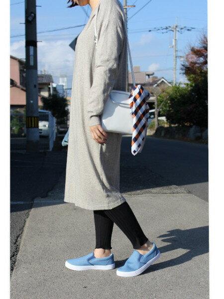AmiAmiの(W)ローカットフラットスリッポンスニーカーを使ったコーディネートを紹介します。|Rakuten Fashion(楽天ファッション/旧楽天ブランドアベニュー)38116