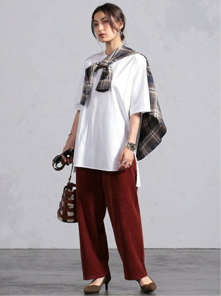 BEAMS LIGHTSのBEAMS LIGHTS / ラウンドヘム ロングTシャツ ビームス ライツ beamsを使ったコーディネートを紹介します。 Rakuten Fashion(楽天ファッション/旧楽天ブランドアベニュー)40658