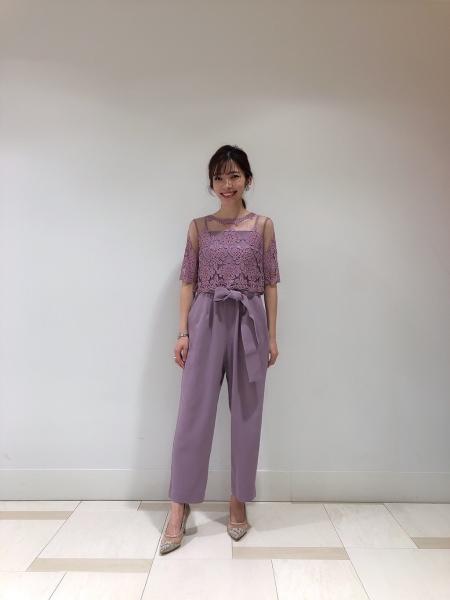 GRACE CONTINENTALのコード刺繍サロペットを使ったコーディネートを紹介します。|Rakuten Fashion(楽天ファッション/旧楽天ブランドアベニュー)1000049