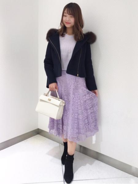 Noelaのレースフレアスカートを使ったコーディネートを紹介します。|Rakuten Fashion(楽天ファッション/旧楽天ブランドアベニュー)1001562