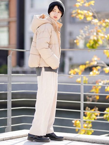 GIORDANOの(L)コーデュロイタックパンツを使ったコーディネートを紹介します。 Rakuten Fashion(楽天ファッション/旧楽天ブランドアベニュー)1002044