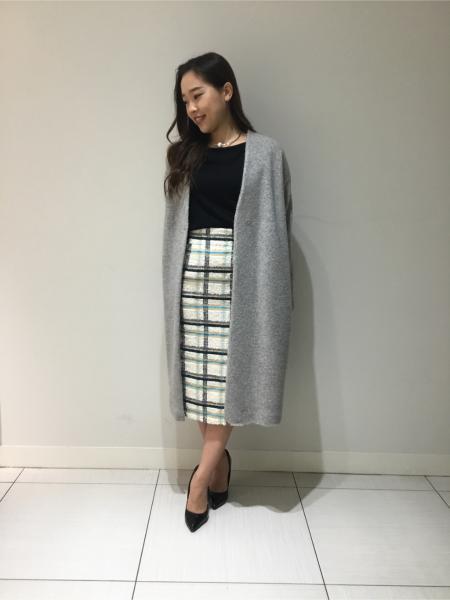 PINKY&DIANNEのバックレースニットを使ったコーディネートを紹介します。|Rakuten Fashion(楽天ファッション/旧楽天ブランドアベニュー)1002608