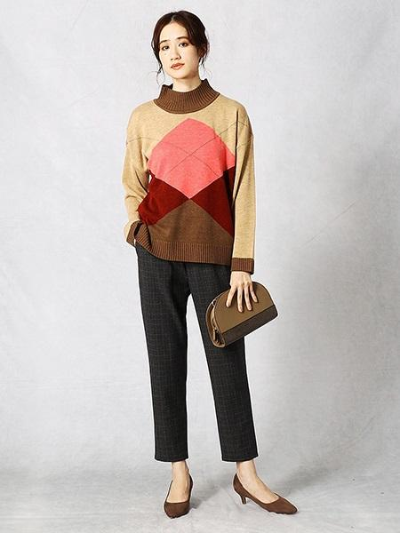 COMME CA ISMのハーフムーン型ショルダーを使ったコーディネートを紹介します。|Rakuten Fashion(楽天ファッション/旧楽天ブランドアベニュー)1003383