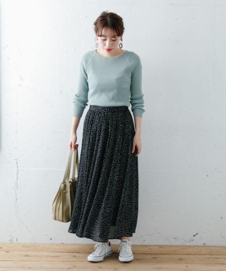 Sonny Labelのシルク混ボートネックリブニットを使ったコーディネートを紹介します。|Rakuten Fashion(楽天ファッション/旧楽天ブランドアベニュー)1003754