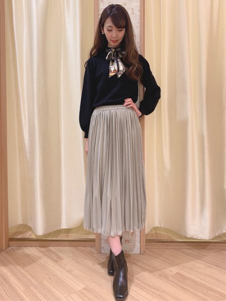 INGNIのJZプリーツ/SKを使ったコーディネートを紹介します。|Rakuten Fashion(楽天ファッション/旧楽天ブランドアベニュー)1003961