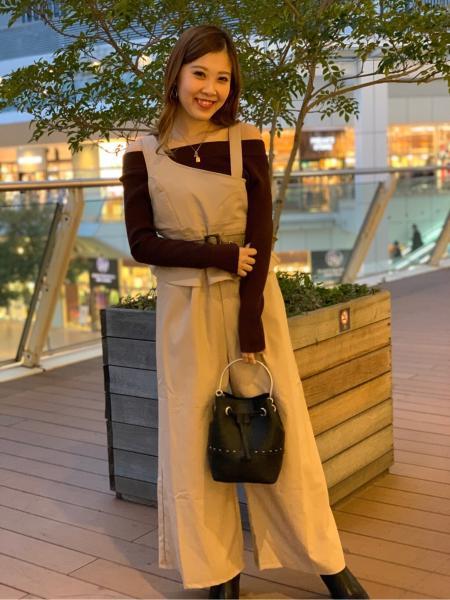 CECIL McBEEのバケットバッグを使ったコーディネートを紹介します。|Rakuten Fashion(楽天ファッション/旧楽天ブランドアベニュー)1004286