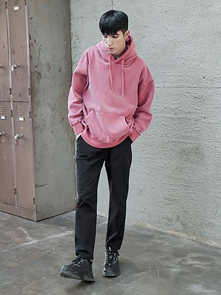 Boys Of Emotionの裏起毛シンプルフーディを使ったコーディネートを紹介します。|Rakuten Fashion(楽天ファッション/旧楽天ブランドアベニュー)1005281