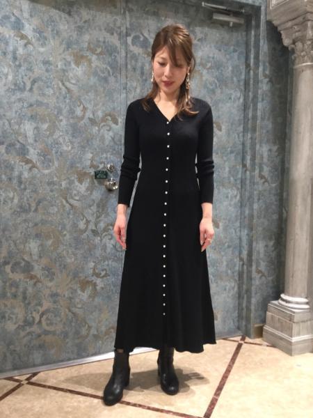 GRACE CONTINENTALのリブフレアロングニットカーディガンを使ったコーディネートを紹介します。|Rakuten Fashion(楽天ファッション/旧楽天ブランドアベニュー)1006343