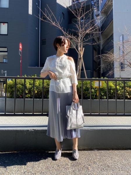 ROSE BUDのウェッジブーティーを使ったコーディネートを紹介します。|Rakuten Fashion(楽天ファッション/旧楽天ブランドアベニュー)1006822