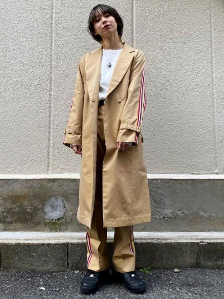 MILKFED.のSIDE STRIPE PANTSを使ったコーディネートを紹介します。|Rakuten Fashion(楽天ファッション/旧楽天ブランドアベニュー)1006861