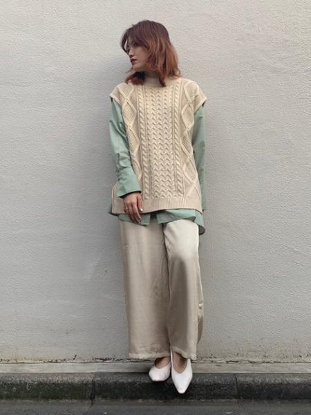 FREE'S MARTの◆バンドカラーアシンメトリーヘムシャツを使ったコーディネートを紹介します。|Rakuten Fashion(楽天ファッション/旧楽天ブランドアベニュー)1007036