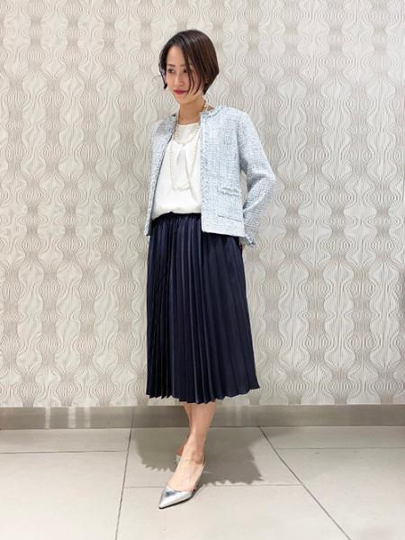 LAUTREAMONTのポリオサテンプリーツスカートを使ったコーディネートを紹介します。|Rakuten Fashion(楽天ファッション/旧楽天ブランドアベニュー)1007181