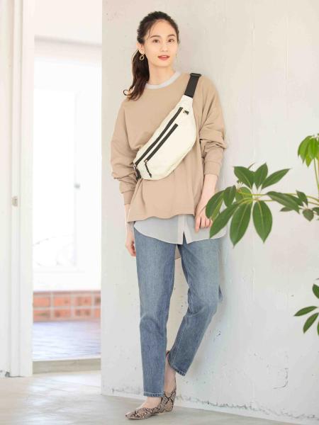 GLOBAL WORKの(W)デニムスリムテーパードPTを使ったコーディネートを紹介します。|Rakuten Fashion(楽天ファッション/旧楽天ブランドアベニュー)1007923