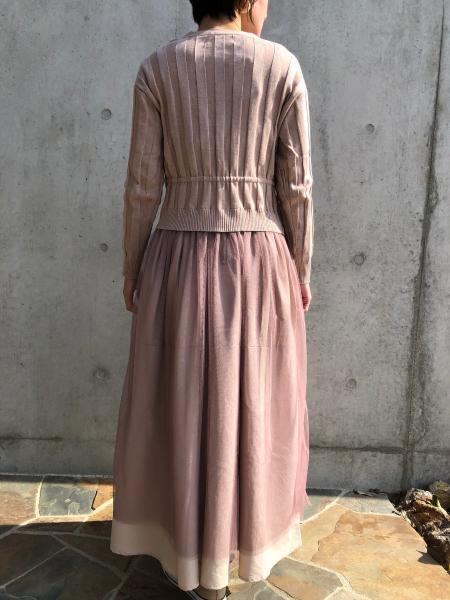 In Fieldのチュール切替リブ編みニットCDを使ったコーディネートを紹介します。|Rakuten Fashion(楽天ファッション/旧楽天ブランドアベニュー)1008183