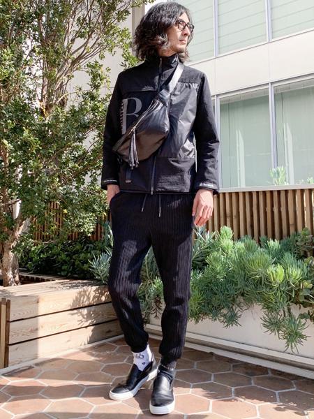 5351POUR LES HOMMESの【5351*buddy別注】パンチングスムースレザー*スリッポンを使ったコーディネートを紹介します。|Rakuten Fashion(楽天ファッション/旧楽天ブランドアベニュー)1008562