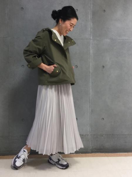 HUMAN WOMANのミラノリブVネックプルオーバーを使ったコーディネートを紹介します。|Rakuten Fashion(楽天ファッション/旧楽天ブランドアベニュー)1008621