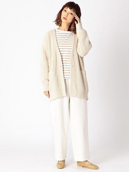 COMME CA ISMのストレッチカーブカラーパンツ(ONIGIRI)を使ったコーディネートを紹介します。|Rakuten Fashion(楽天ファッション/旧楽天ブランドアベニュー)1012342