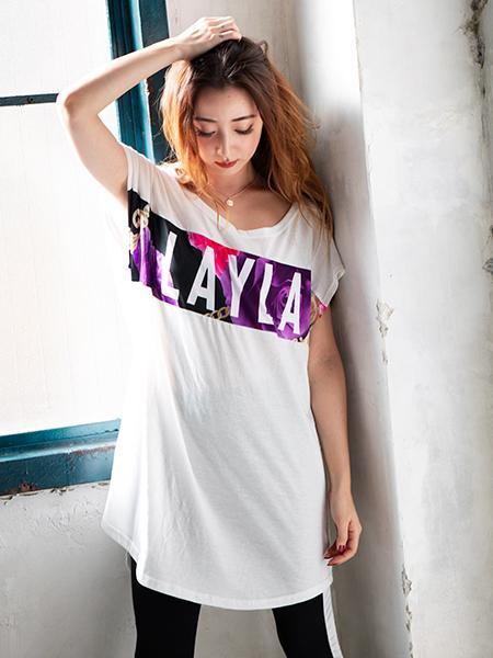 LAYLAのLAYLA花柄ロングTシャツ&ラインレギンスセットを使ったコーディネートを紹介します。 Rakuten Fashion(楽天ファッション/旧楽天ブランドアベニュー)1013433